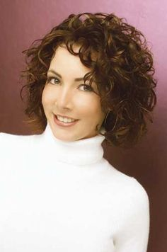 Medium Hairstyles for Women Over 40 with Thick curly Hair | Short Curly Haircuts For Women Over 40