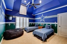 Dallas Cowboys bedroom - oh dear, if my husband sees this we'll be buying a lot of blue paint. =) for our son's room or someday for the