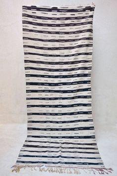 WHITE TIGER 10'10 x 4'2 Boucherouite Rug. Tapis by pinkrugco