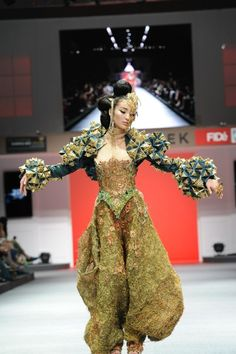 GUO PEI chinese couture