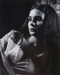 Jean Simmons by Halsman