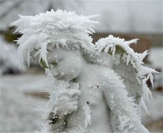 : : cemetery : : monument covered in hoar frost Photo credit: Fred Hurst, 2007 Cemetery Angels, Cemetery Statues, Cemetery Art, Angels Among Us, Angels And Demons, Snow Angels, Statue Ange, Sad Angel, Angel Heart