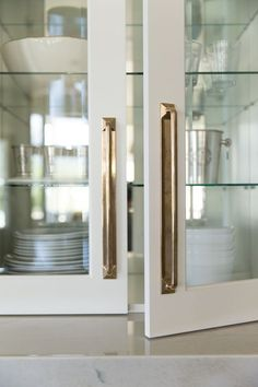 Cabinet hardware is a little detail that can have a big impact on the look of your kitchen or bathroom