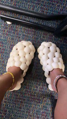 Crocs Fashion, Sneakers Fashion, Fashion Shoes, Shoes Sneakers, Fashion Outfits, Cute Slides, Hype Shoes, Sneaker Heels, Cute Sandals
