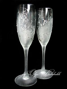Hey, I found this really awesome Etsy listing at http://www.etsy.com/listing/164167858/winter-wedding-champagne-glasses-hand