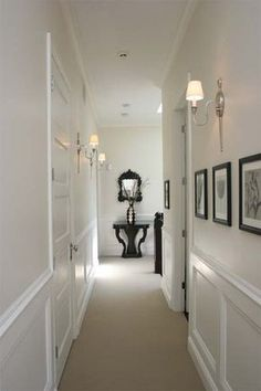7 Creative and Modern Tricks Can Change Your Life: Wainscoting Wallpaper Powder faux wainscoting hallway.Wainscoting Basement Pictures picture frame wainscoting home. Wainscoting Nursery, Wainscoting Kitchen, Dining Room Wainscoting, Wainscoting Panels, Beadboard Wainscoting, Wainscoting Ideas, Bathroom Ceilings, Flur Design, Hall Design