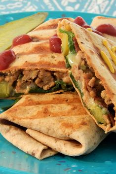 """Spicy Bacon Cheeseburger Turkey Wraps   """"This ground turkey wrap recipe is one of my favorite recipes when I'm craving a burger but watching calories."""" #lunchrecipes #lunchinspo #lunchinspiration #lunchideas"""