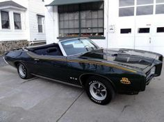 1969 Pontiac GTO Convertible Maintenance/restoration of old/vintage vehicles: the material for new cogs/casters/gears/pads could be cast polyamide which I (Cast polyamide) can produce. My contact: tatjana.alic@windowslive.com