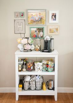 Things That Make Me Happy: My Coffee Station, I'd make it my tea station! Coffee Nook, Coffee Bar Home, Coffee Carts, Home Coffee Stations, Coffe Bar, Coffee Maker, Cozy Coffee, Iced Coffee, Office Coffee Station