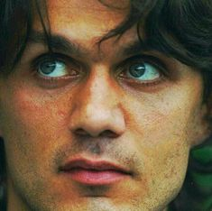 Paolo Maldini, Legends Football, Ac Milan, Great Pictures, Football Players, Men, Soccer Players, Guys