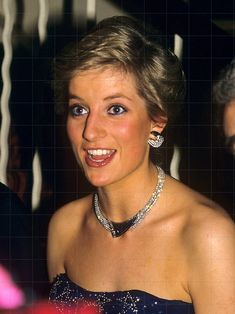 Princess Diana looking happy with not a care. It makes me so sad to think back at her hole unfair situation. I hope her ex never makes it to the thrown!