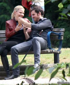 """Jennifer Morrison and Colin O'Donoghue - Behind the scenes - 6 * 5 """" Street Rats"""" - 30th August 2016"""