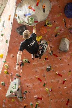Eight things I learned about the art of route-setting in a climbing gym
