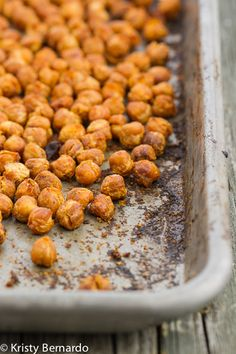 roasted buffalo chickpeas - a healthy snack recipe! #superbowl