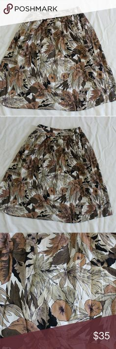 Rafaella vintage skirt Beautiful vintage skirt will be a staple to any fall outfit! Rafaella Skirts