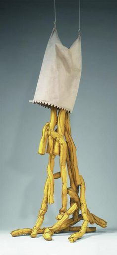 Claes Oldenburg  Patatas paja saliéndose de una bolsa (Shoestring Potatoes Spilling from a Bag),  1966