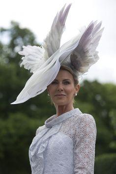 """Képtalálat a következőre: """"queen elizabeth horse race"""""""