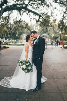 10 Wedding Planning Tasks You Can Do While in Quarantine - Perfete Groomsmen Looks, Romantic Wedding Photos, New Years Eve Weddings, Rooftop Wedding, Dresses For Less, Wedding Photo Inspiration, Brides And Bridesmaids, Wedding Website, Wedding Bouquets