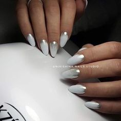 Grey nails are a popular nail color. Gray is one of the neutral tones you seldom notice. However, grey nail art design is far more gorgeous than you think. In fact, gray shades are quite elegant and complex. Look at the 53 elegant gray nail art desi Classy Nail Designs, Long Nail Designs, Nail Art Designs, Nails Design, Gray Nails, White Nails, White Chrome Nails, Gradient Nails, Fancy Nails