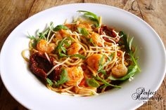 recept pasta met garnalen in pittige tomatensaus