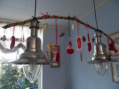 Een leuk idee van dochter Miriam, vol met allerlei kerst-ornamentjes gemaakt toen en nu.