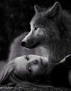 ♥Gorgeous, reminds me of 'Ladyhawke'