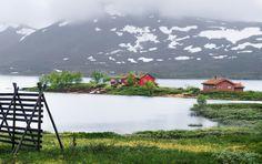 https://flic.kr/p/nCbtbj | Middle of the Lake, Norway | Laerdal, Norway