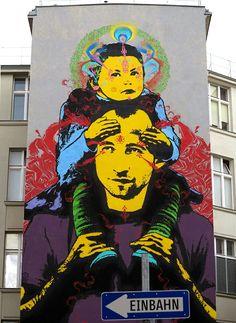 Stinkfish for the Calle Libre Street Art Festival in Vienna, Austria, 2016 Installation Street Art, Murals Street Art, Street Art Graffiti, Art Installations, Street Art Love, Amazing Street Art, Urbane Kunst, Wonder Art, Stencil Art