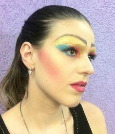 Drag Queen  #vaidosasdebatom #vaidosas #batom #blog #blogueira #blogger #tutorial #dicas #passoapasso #post #instablog #foto #selfie #beleza #beauty #maquiagem #make #makeup #cosmeticos #maquiador #caracterizacao #personagem #visual #tendencia #inspiracao #ideia #followme #pictures #festa #evento #mulher #homem #criança #adolescente #love #dragqueen #drag