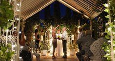 Las Vegas Outdoor Garden Weddings, how cute is this setting?