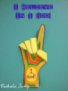 "Very simple ""I Believe In 1 God"" craft for kids. Great for learning about the Apostles' Creed, and also a Bible craft for the letter G. :-)"