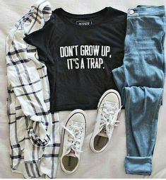 Latest dresses for teenager casual teen fashion teenage fashion watches 201 Casual Teen Fashion, Fashion 90s, Grunge Fashion, Boho Fashion, Winter Fashion, Fashion Outfits, Fashion Trends, Fashion Spring, Classy Fashion