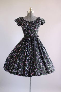 Vestido vintage de los años 1950 / 50s Vestido de algodón