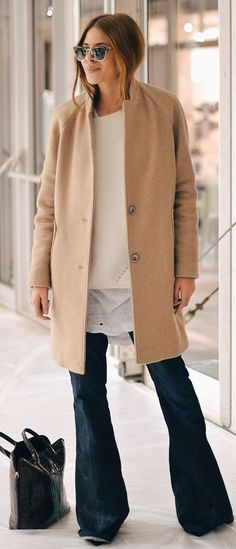 Style inspiration by 9 Ultra-Cool Ways To Wear Flared Jeans // Maja Wyh in a camel coat, layered tops & wide-leg denim 70s Outfits, Mode Outfits, Fashion Outfits, Fashion Trends, Denim Outfits, Woman Outfits, Budget Fashion, Jeans Fashion, Trendy Outfits