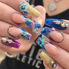 Rave Nails, 3d Nails, Nail Nail, Gorgeous Nails, Pretty Nails, Amazing Nails, Encapsulated Nails, Gold Glitter Nails, Glamour Nails
