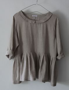 Linen Top. cute design