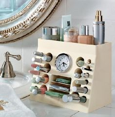 Jennifer Stano's Blog: I'm On the Hunt: Cosmetic Organizer