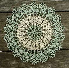 nice doily – steel hook The Effective Pictures We Offer You About Crochet cat A quality picture can tell you many things. Free Crochet Doily Patterns, Crochet Lace Edging, Crochet Motifs, Crochet Borders, Thread Crochet, Filet Crochet, Crochet Designs, Tatting Patterns, Crochet Home