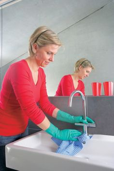 5 Cleaning Tips Keeping Your Bathroom Beautiful