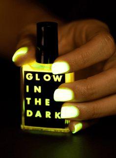 Glow In The Dark Nail Polish, I have lotsa ideas...