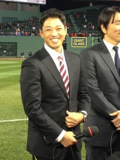 So Taguchi covering the World Series for Japanese media.