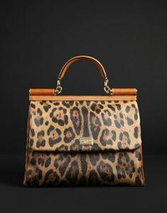 Medium fabric bags Women - Bags Women on Dolce Online Store United States - Dolce & Gabbana Group Source by jackiejrapp Bags style Fashion Handbags, Purses And Handbags, Fashion Bags, Satchel Handbags, Leopard Bag, Cheetah, Animal Print Fashion, Animal Prints, Leopard Prints