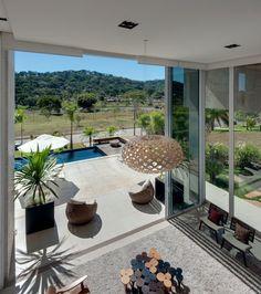 Dayala+Rafael Arquitetura have designed a single family home in Aldeia do Vale, Brazil.