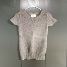 American Eagle sweater gray American eagle short sleeved sweater. Excellent condition. American Eagle Outfitters Sweaters Crew & Scoop Necks