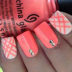 Coral Nail for this Summer