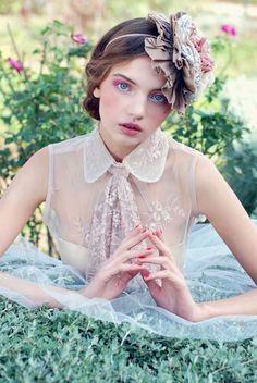 Fashion editorial Lady of the flowers JUTE MAGAZINE
