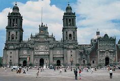 Destinos Turisticos en México | CATEDRAL METROPOLITANA - CDMX  http://www.wdestinos.com/destinos-turisticos/1943/catedral-metropolitana--cdmx