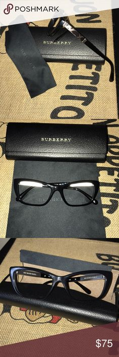 896dbd5a3f94 Serial   shown in photo above Made in 🇮🇹 Burberry Accessories Glasses