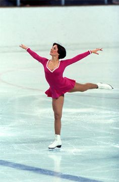 Dorothy Hamill won Gold in Figure Skating in the 1976 Oylmpics.  She was so graceful and she made it look so easy.  She's one of the reasons that Figure Skating is my favorite Olympic winter sport.