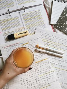 Work Motivation, School Motivation, Study Corner, Study Pictures, Study Organization, Pretty Notes, Beauty Book, Study Space, Study Hard